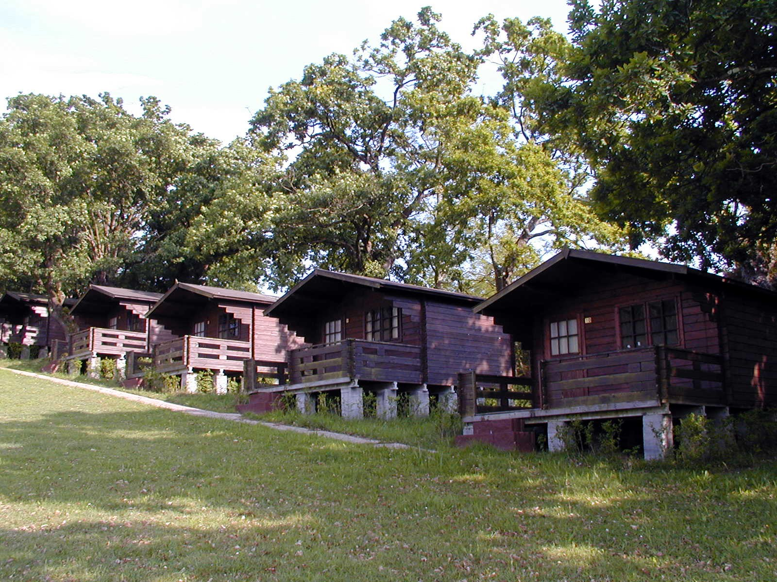 Camping Deva Gijón cabins prices